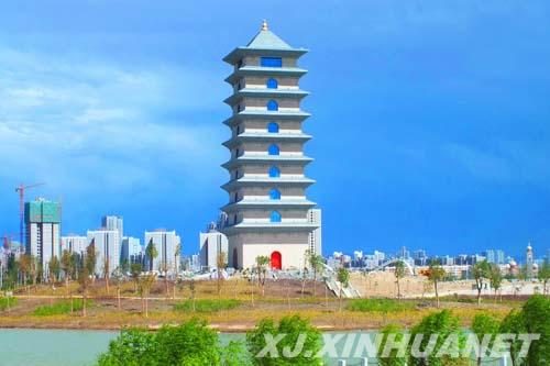 """新疆库尔勒鸿雁河工程再为""""梨城""""增添大美"""
