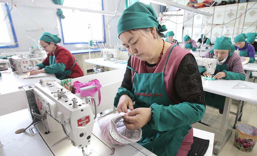 新疆巴里坤:特色技能培训助妇女就业