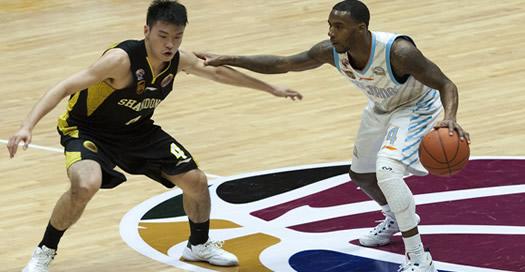 篮球——CBA:新疆胜山东