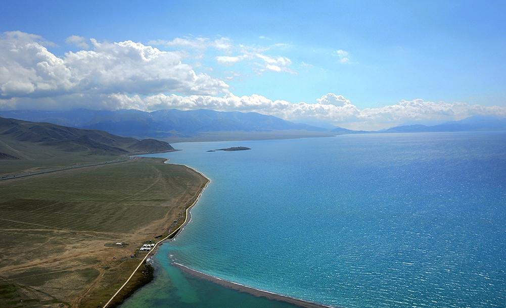 新疆赛里木湖风光