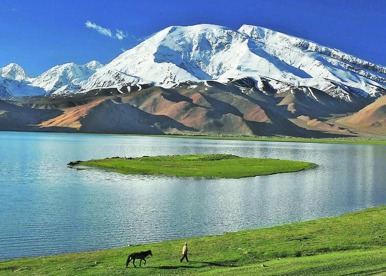 壯美的慕士塔格峰