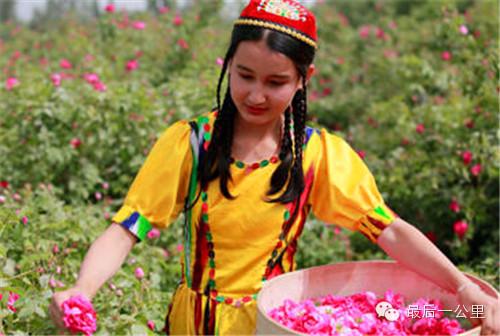 新疆美女风景图片