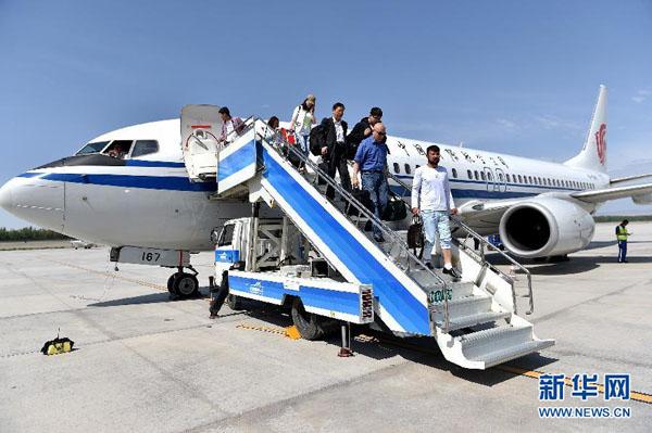 国航北京-克拉玛依-伊宁航线航班号ca1233/1234,由波音737-8机型执飞